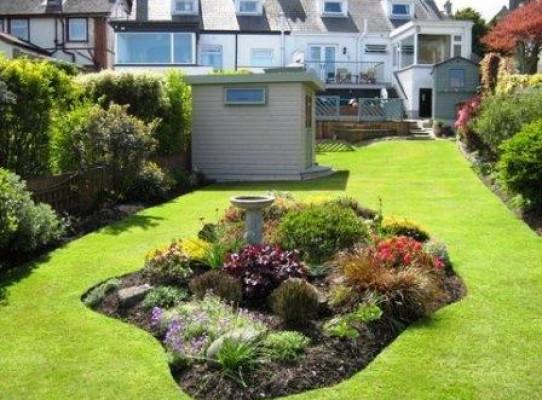 Garden room and flower bedding