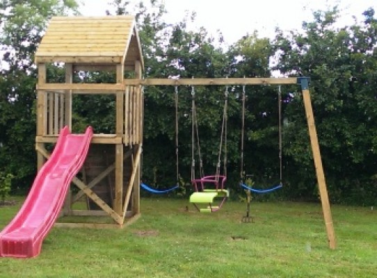children's climbing frame with triple swing set