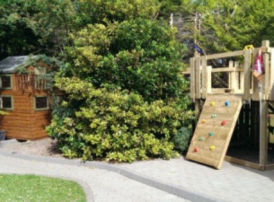 children's playhouse and climbing frame combo